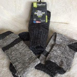 3 prs of women's socks